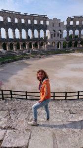 Thea-in-amfitheater