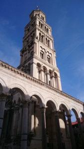 De-beklommen-toren-in-Split