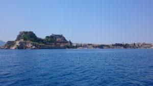 3-Corfu-stad-vanaf-het-water