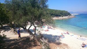 mooi-strandje-bij-fiscardo